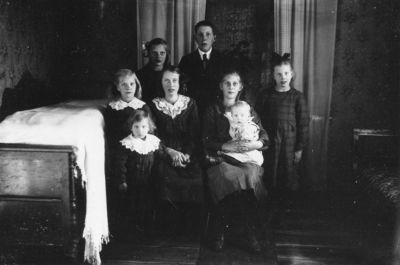 August adolfsson med familj