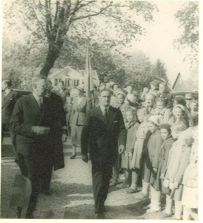 Kungen pa besok i heda 1953