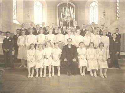 Foto taget vid konfirmation 1939
