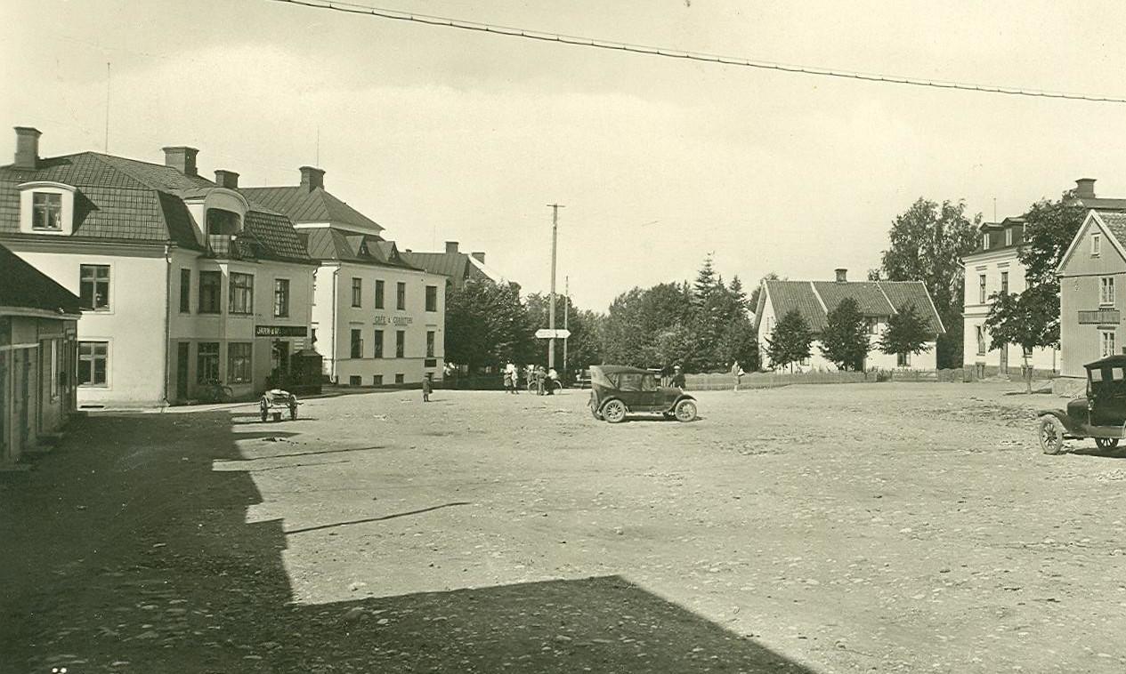 Stora torget omkring 1932 for da och nu