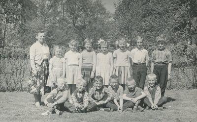 Klass 1 2 vastra tollstad 1957 58