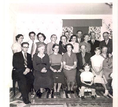 Aina gustafssons slaktingar alfs realexamen i tranas 1957