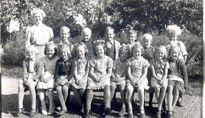 Roks skola klass 1 2 1945