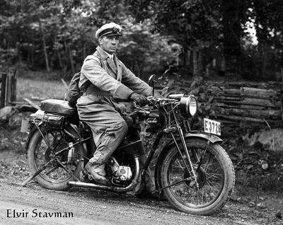 Elvir stavman munkeryd pa motorcykel