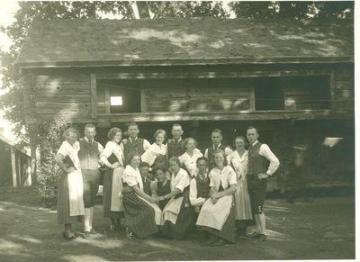 Folkdanslaget 1945 373