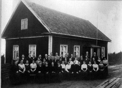 Gruppfoto fran stava gamla missionshus