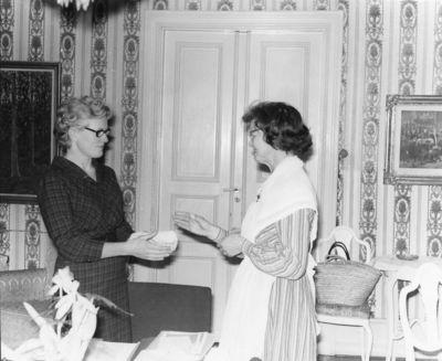 Gudrun hultberg och ester rosall