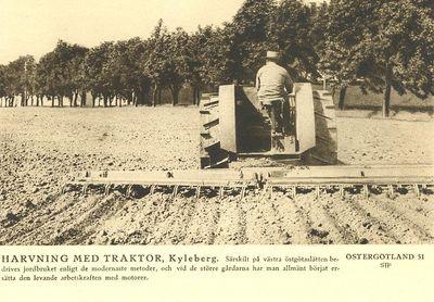 Harvning med traktor kyleberg