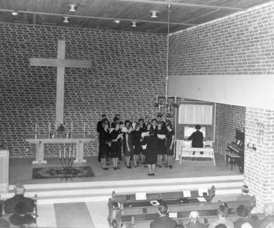 Invigning av nya missionskyrkan